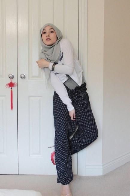 Motoif Hijab Polkadot
