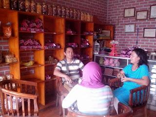 sensasi berbelanja dan wisata kuliner di kota cimahi