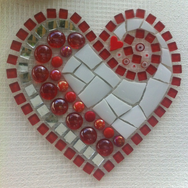 Mosaico reutilize sobras de azuleijo