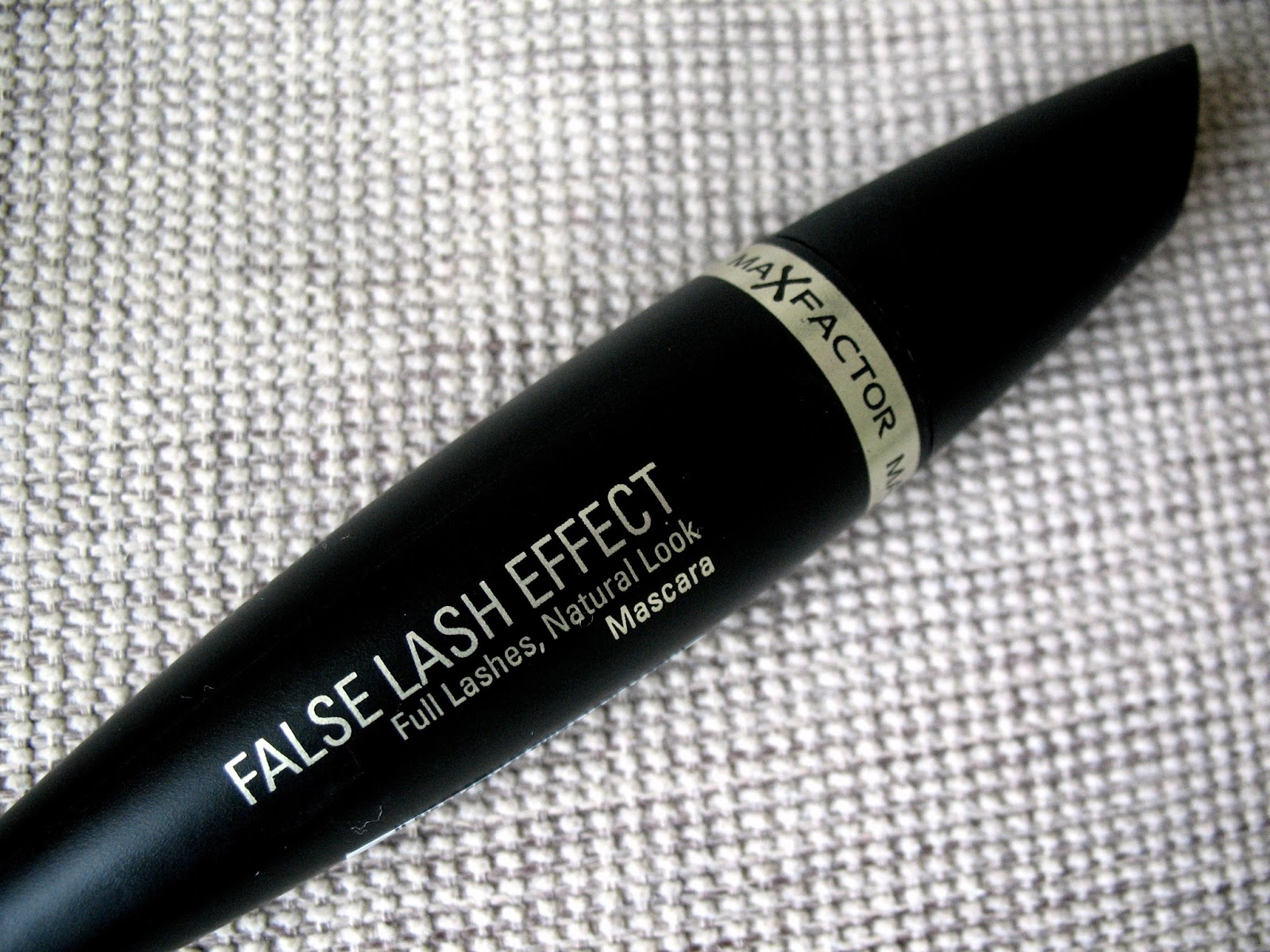 Max-Factor-False-Lash-Effect-Mascara-review-photo
