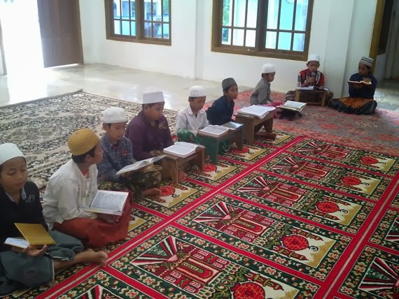 Lantunan al-Quran Setiap Pagi Hari Jumat