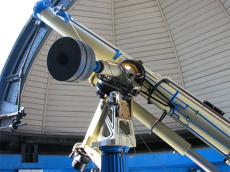 Teleskop yang mampu deteksi kehidupan di luar angkasa the universe