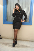 Anjali Glamourous Photos at Pranam Kosam audio-thumbnail-14