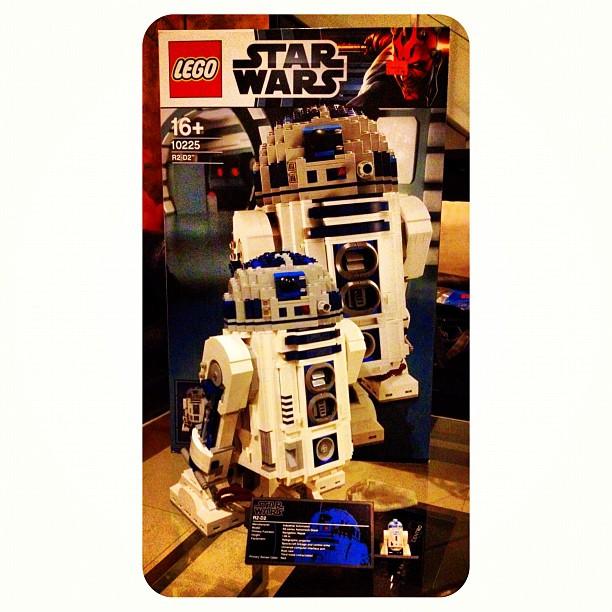 Lego 10225 the star wars ucs r2 d2 - Lego starwars r2d2 ...