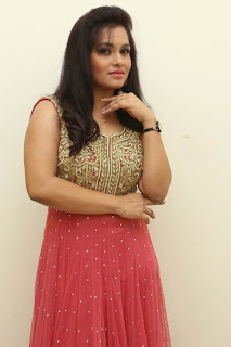 Revathi Chowdary sizzling Pictures 023.jpg