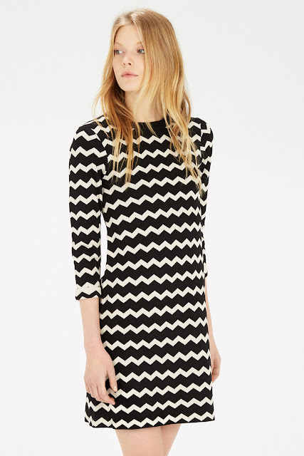 black cream zig zag dress, black chevron dress, warehouse chevron dress,