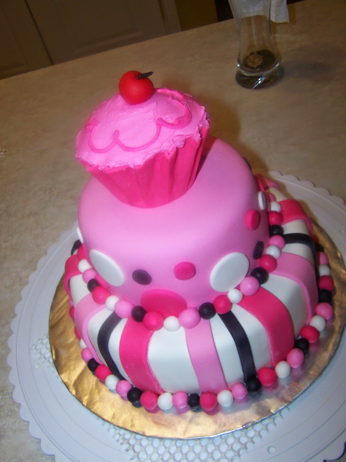 Birthday Cake Pics For Little Girl : Top 77 Photos Of Cakes For Birthday Girls Cakes Gallery