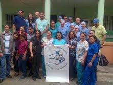 Médicos residentes en Estados Unidos realizan operativo con apoyo de Voluntariado Banreservas