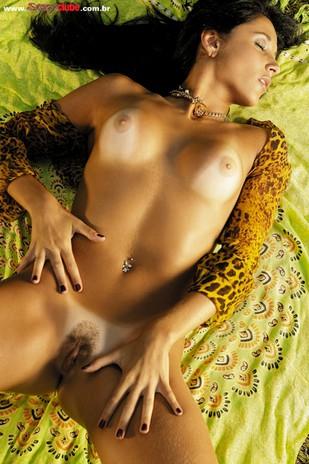 More Hot Pictures From Famosas Nua Brasileiras Video De Making