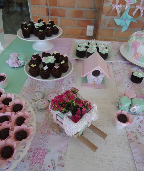 Vestindo isabella garden party - Decoracion fiesta jardin ...