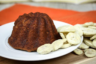 almond-flour-banana-bread-bundt-cakes