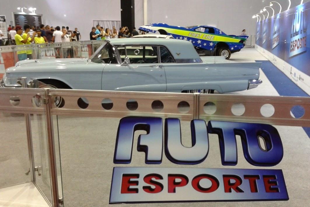 Auto Esporte em Sampa: mix de carros antigos originais e modificados.