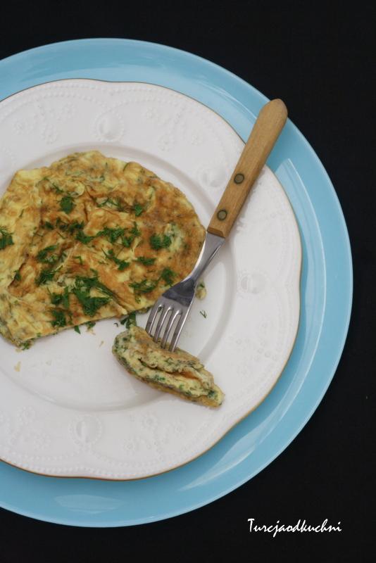 Omlet z zieleniną