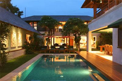 Desain Eksterior Rumah Villa