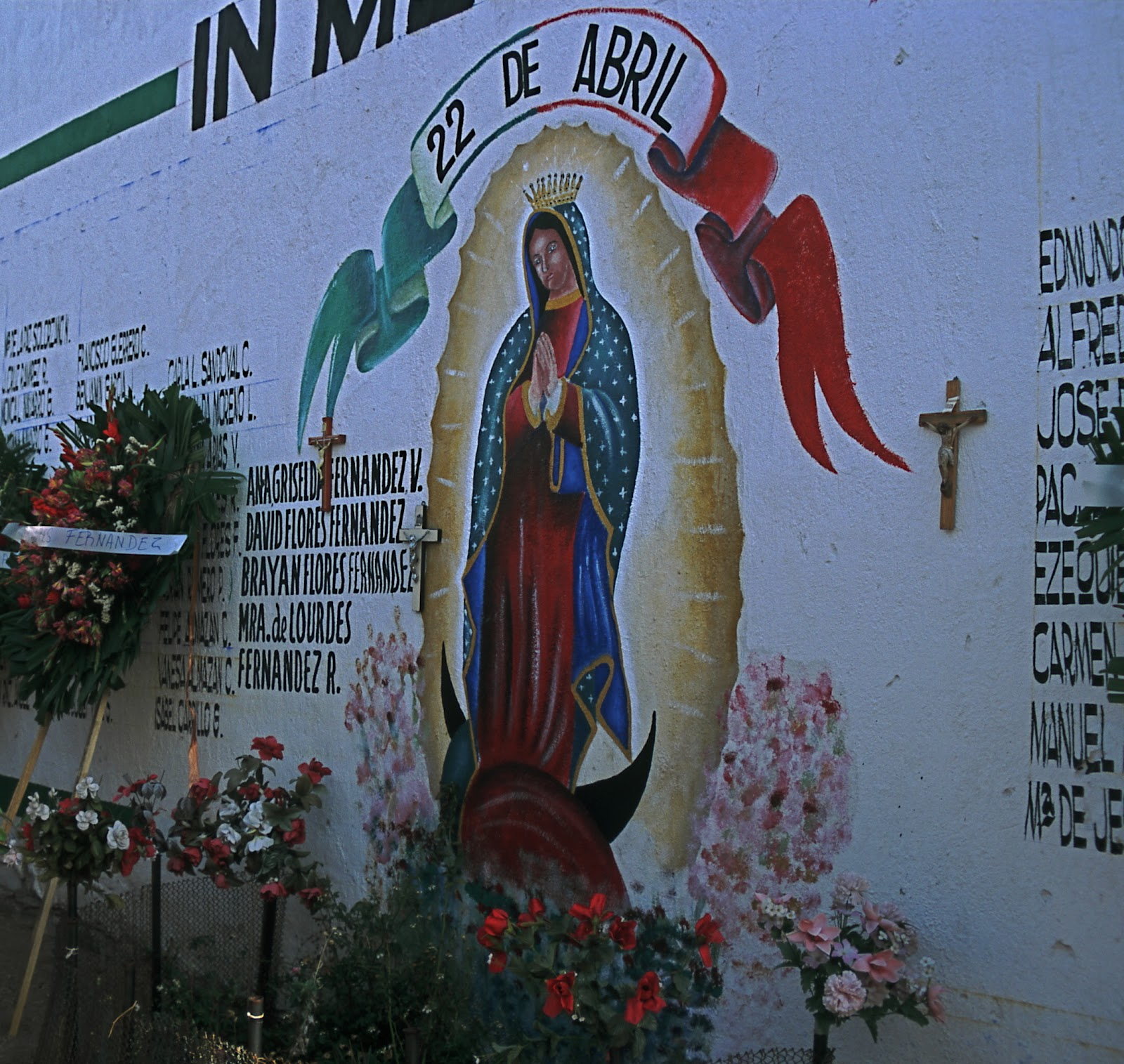 22 de abril 1992 for spanish speakers for El mural guadalajara jalisco