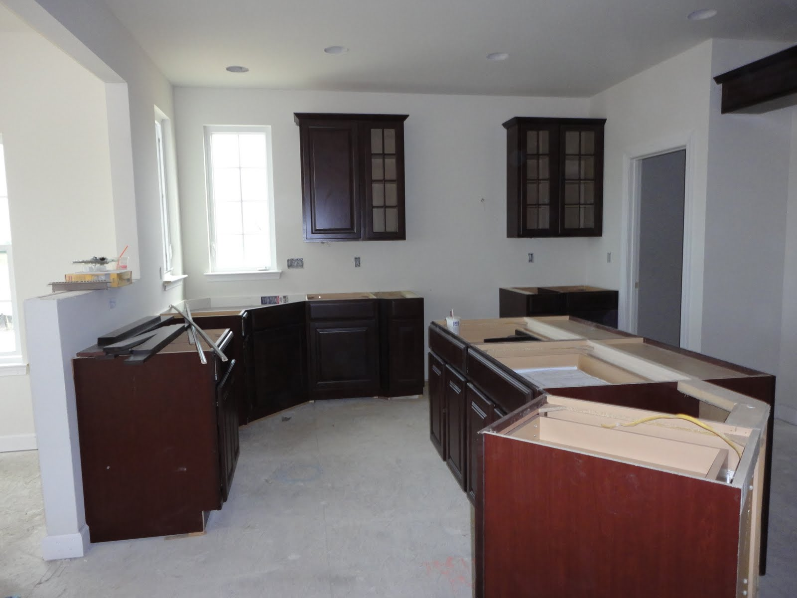 Building a ryan homes avalon wow for Avalon kitchen cabinets