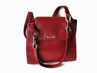 Red Guess Shoulder bag