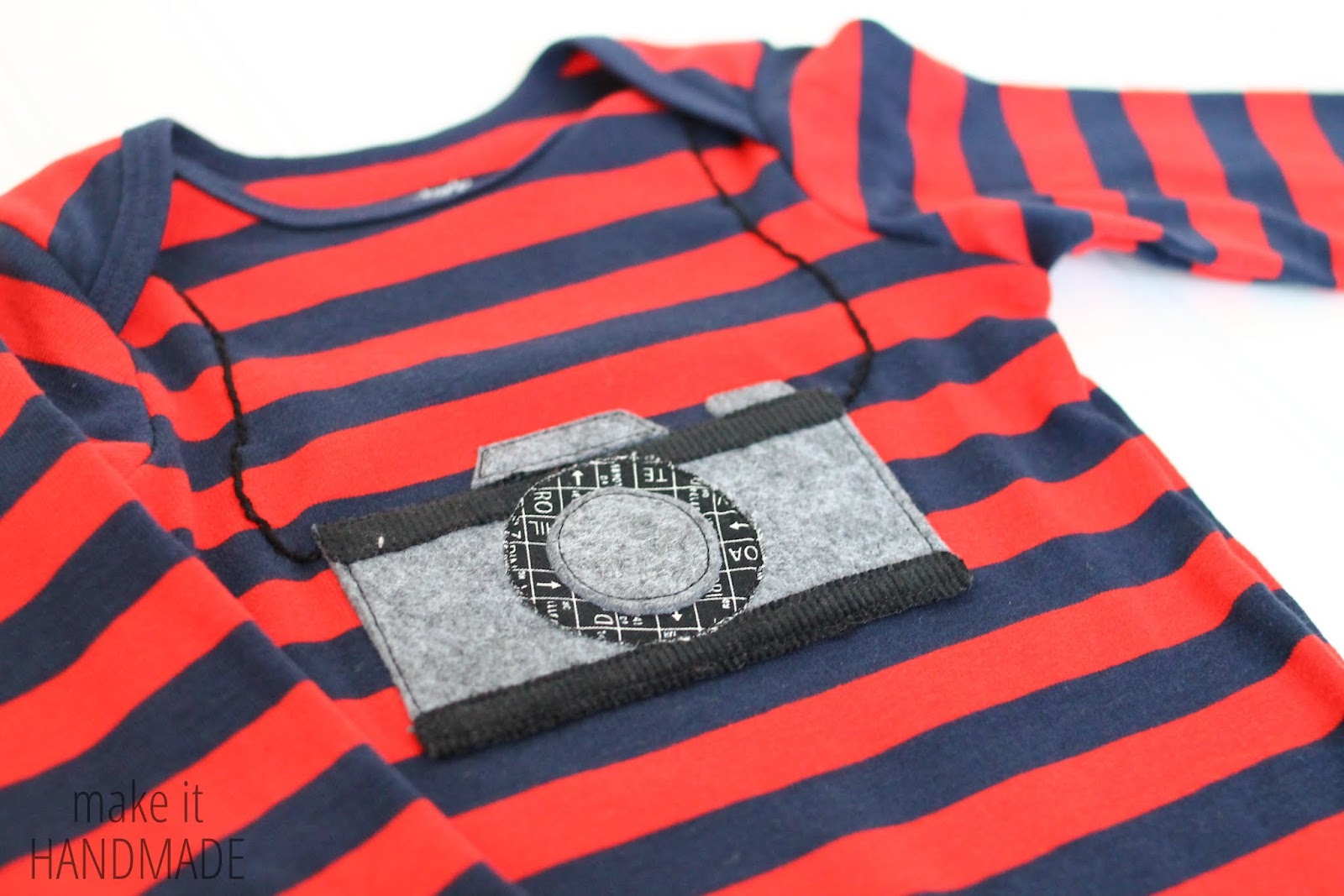A few tips and resources on appliqueing store bought onsies. Makes for a cute baby gift!