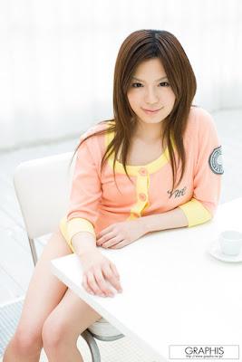 artis video hot jepang RIRI KURIBAYASHI