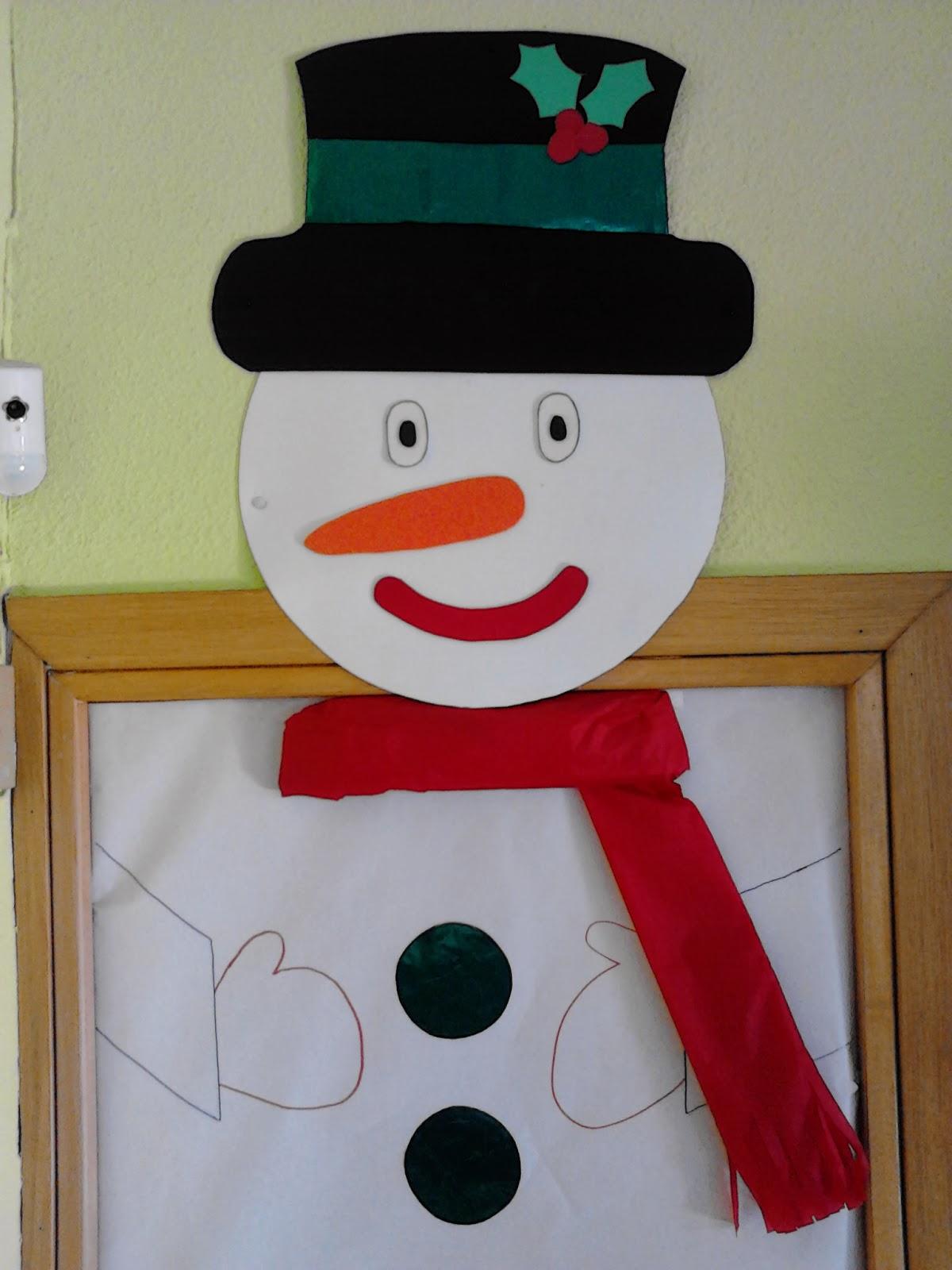 Escuela infantil pis pas diciembre 2013 for Decoracion navidena para puertas