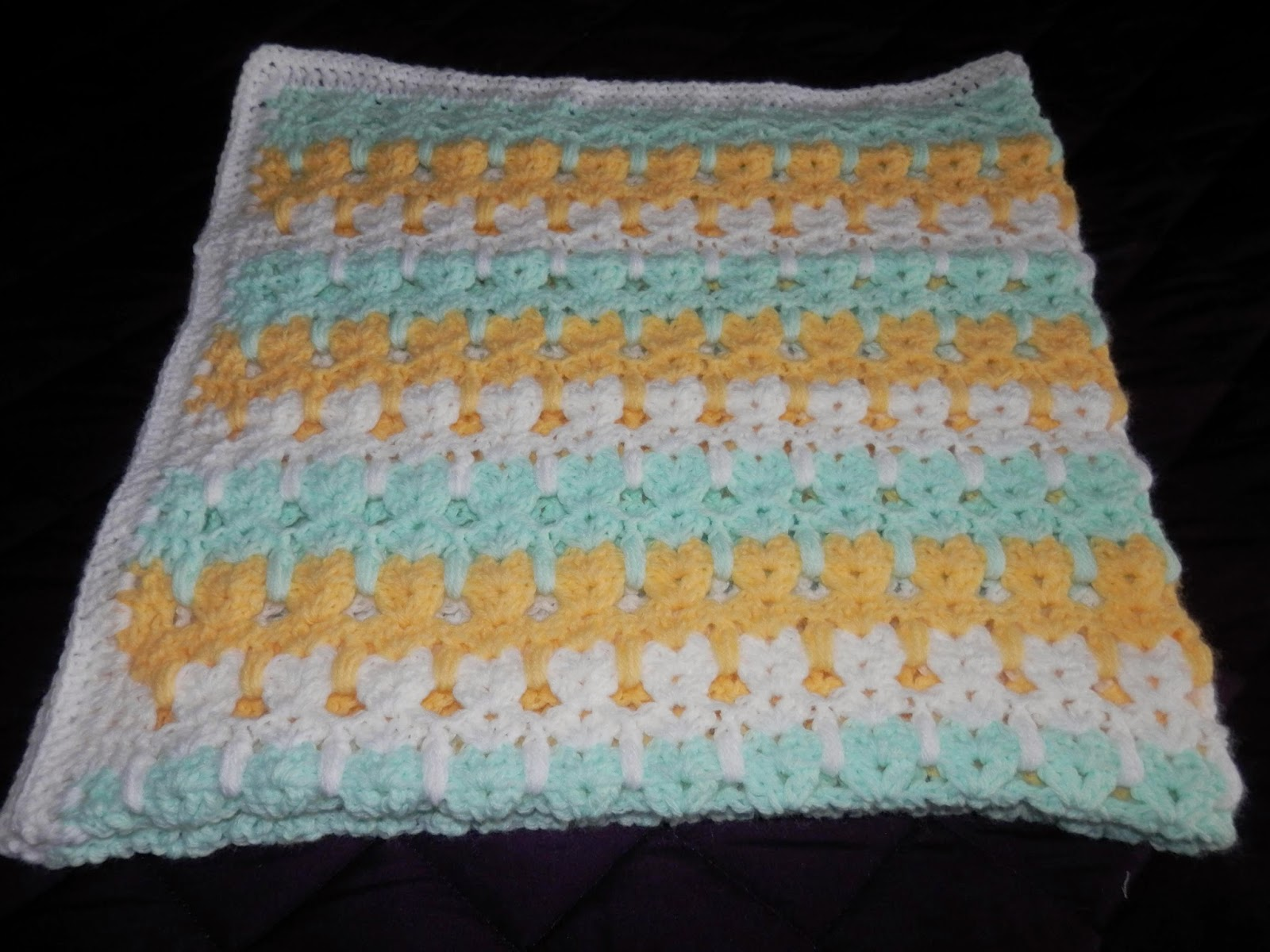 Crochet Patterns Kittens In A Row : this baby blanket using the Kittens in a Row baby blanket pattern ...