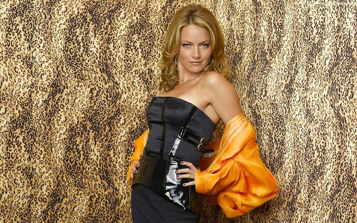 Becki Newton HD Wallpaper -06