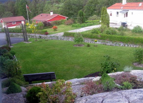 Utsiktsbilde av hagen på framsiden