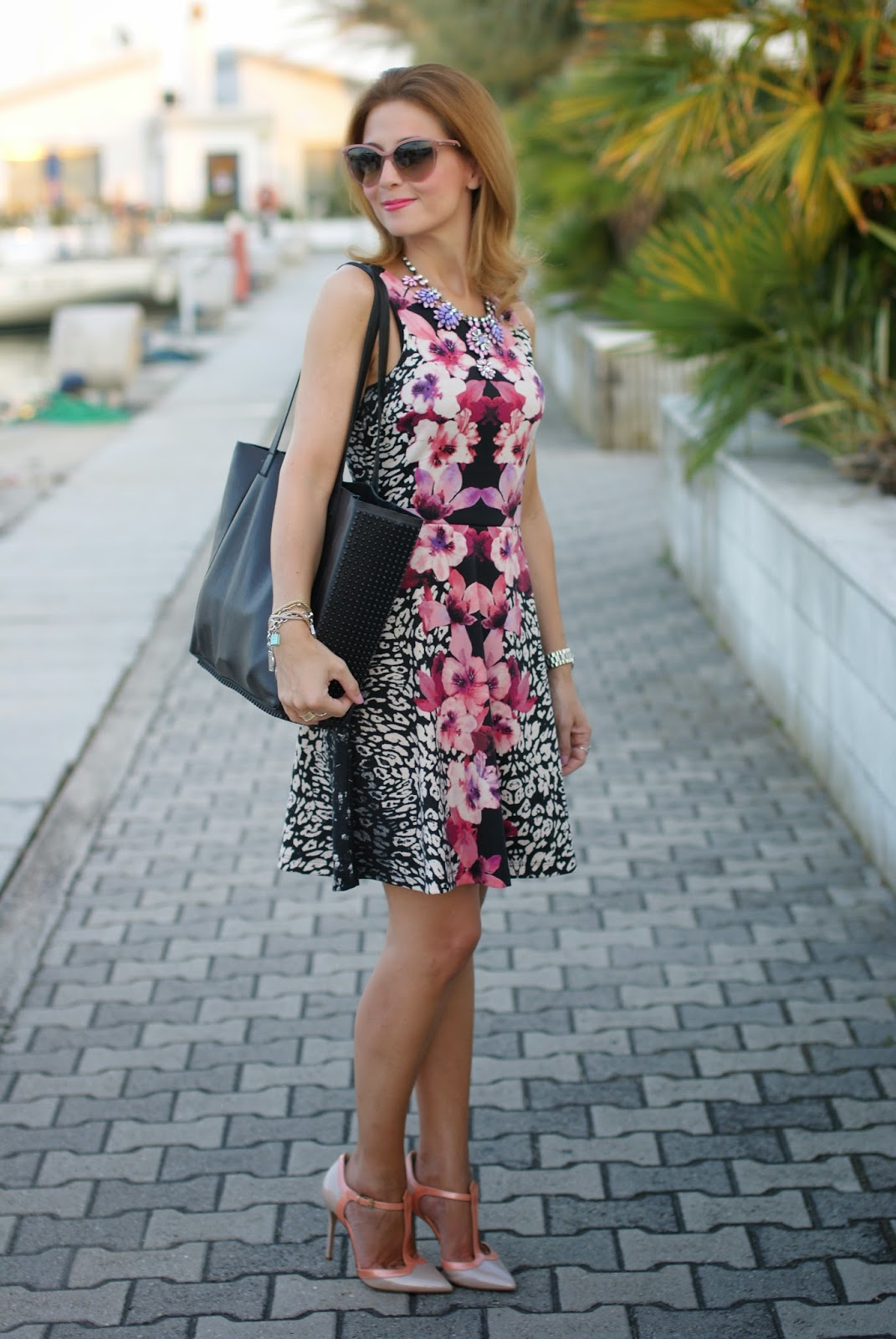 pink jacket, h&m tropical dress, low cost outfit, sergio levantesi shoes, Fashion and Cookies, fashion blogger