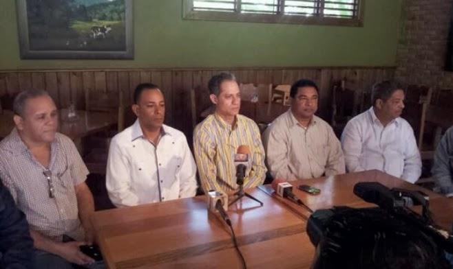 Comercio cierra en SFM, Cotui, Salcedo y Nagua