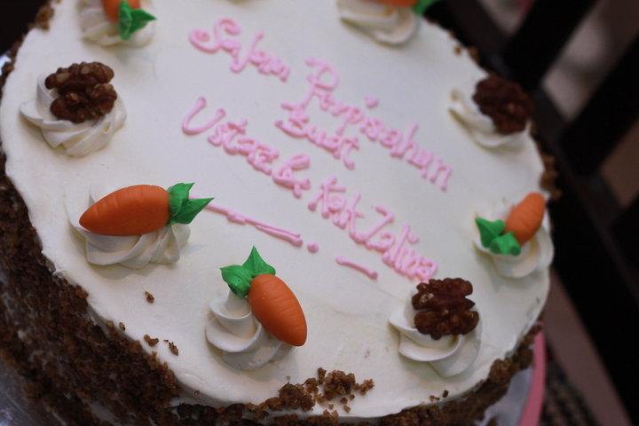 kelas bake cheesecake carrot walnut moist cake