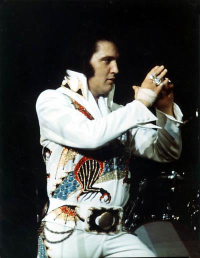 Április 11, 1974