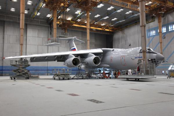 Avión de carga y transporte militar Ilyushin IL-76MD-90A (IL-476) 1222206