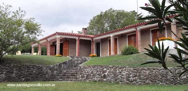 Casona de campo con galería perimetral en Ascochinga, Córdoba, Argentina