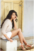 Deepa Sannidhi glamorous stills-thumbnail-4