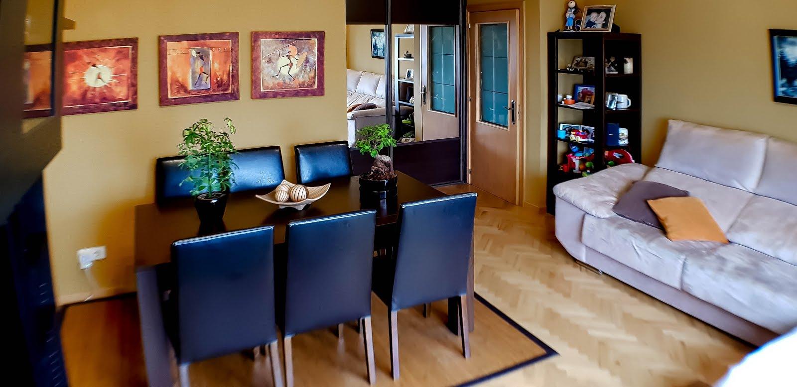 Piso de cuatro dormitorios en Novo Mesoiro, garaje. Exterior. 148.000€