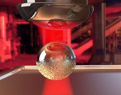 Globus d'heli com a control de materials complexos