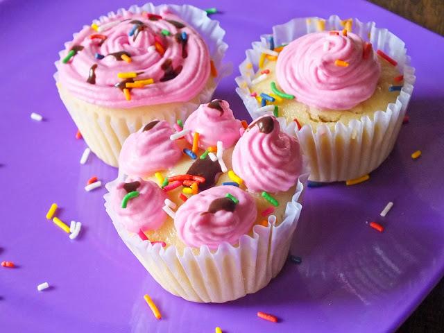 Vanilla+Cupcakes Vanilla Cupcakes