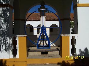 Bomba de água - jardim de Azinhaga do Ribatejo