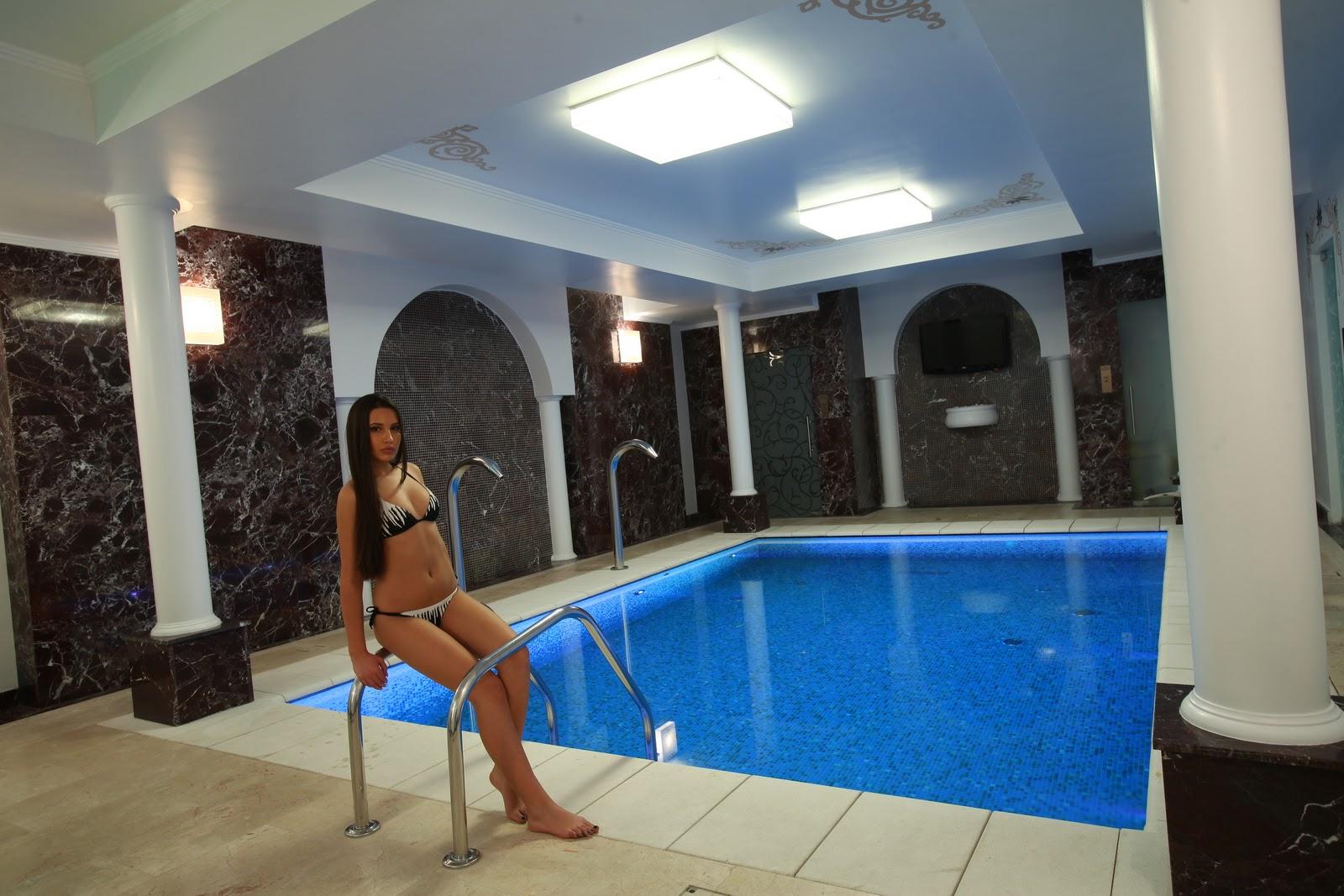 Excelenta piscinelor piscina wirllpool la hotel epoque by for Epoque hotel