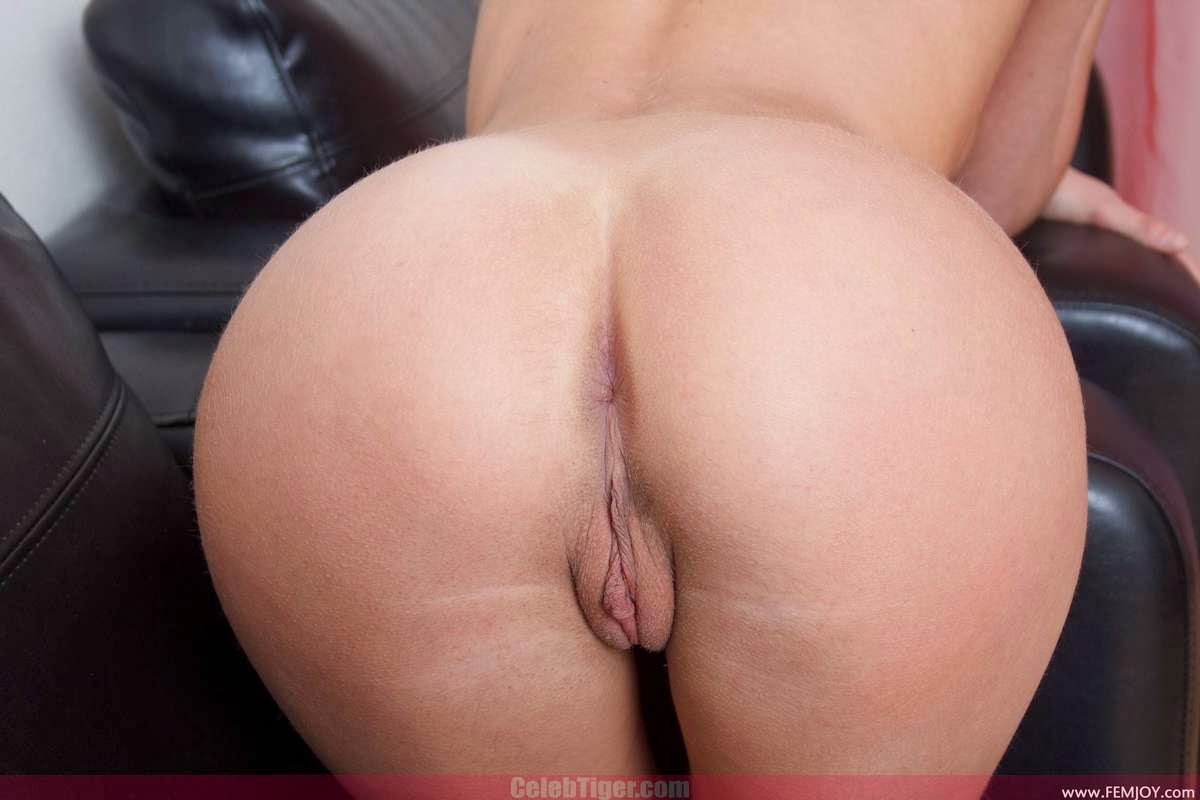 Nude Girls Pussy & Ass Close Up View From Behind HQ Photos Collection 2013 www.CelebTiger.com 52 Sweet Juicy Pussy & Ass Back View Close Up Photos Collection Part 2