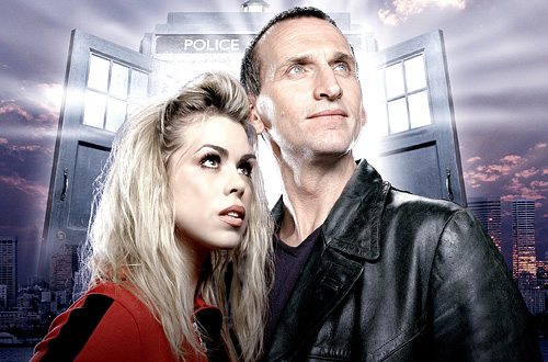 Billie Piper y Christpher Eccleston como Rose y el Doctor.