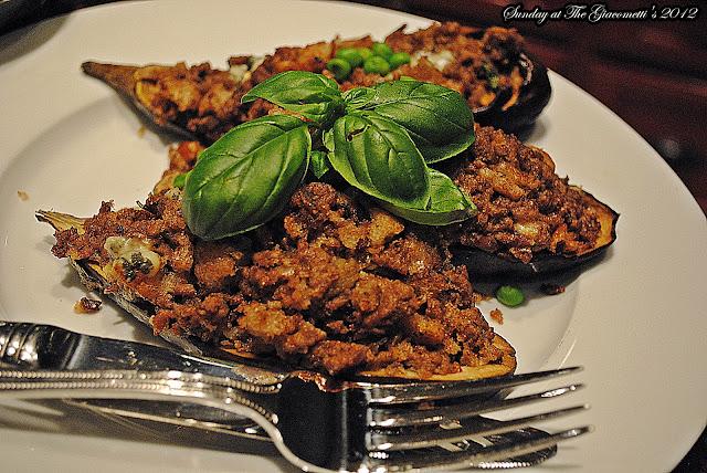 http://4.bp.blogspot.com/-XMhYOIRxRc4/T4byvAGEG4I/AAAAAAAAAmc/FFYmcGy7brM/s1600/eggplants+stuffed+042.JPG