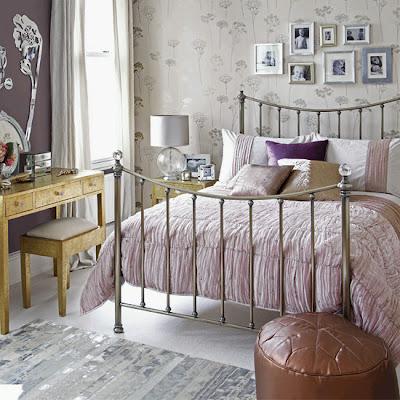 dormitorio morado