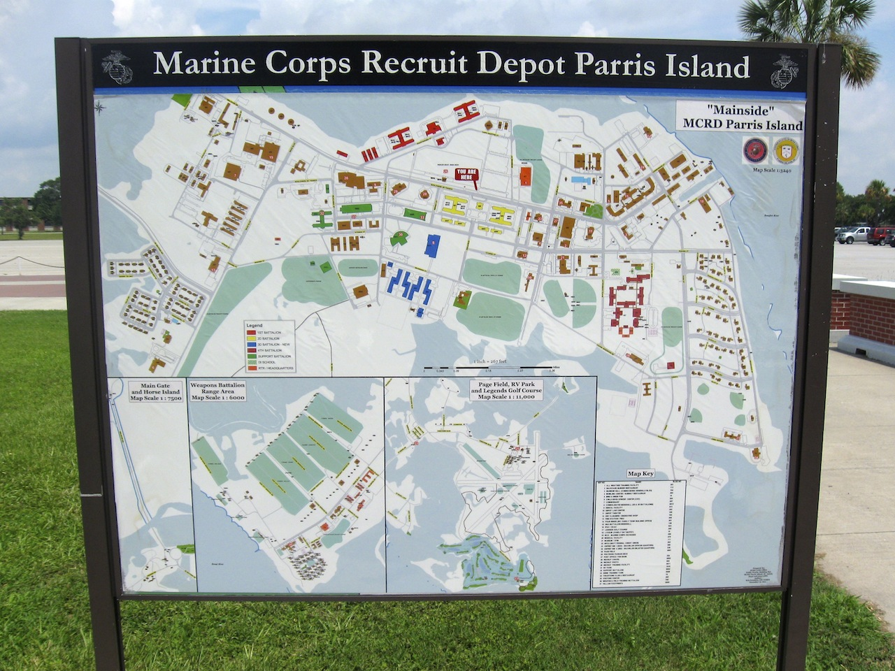 anyway i've always wanted to see how the other half lives so i decided totour around mcrd parris island. smilin' jack parris island and jennifer
