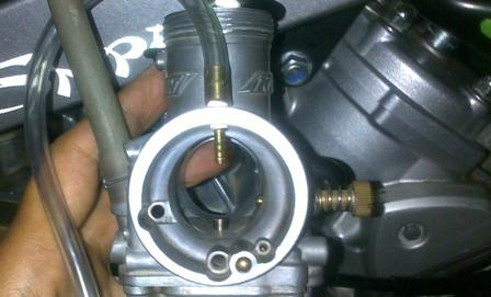 Karburator Motor Banjir