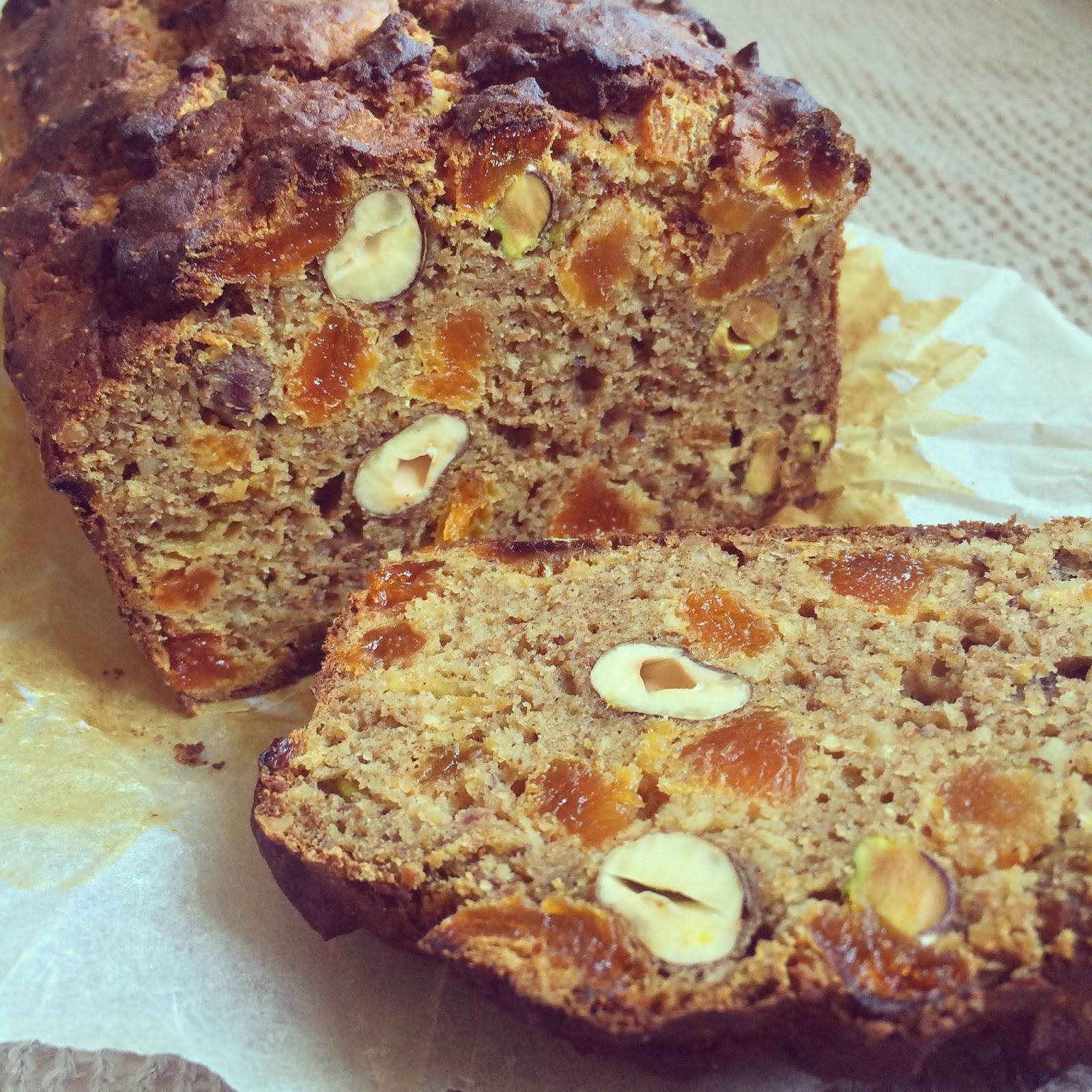 pain aux kakis pistaches noisettes abricots