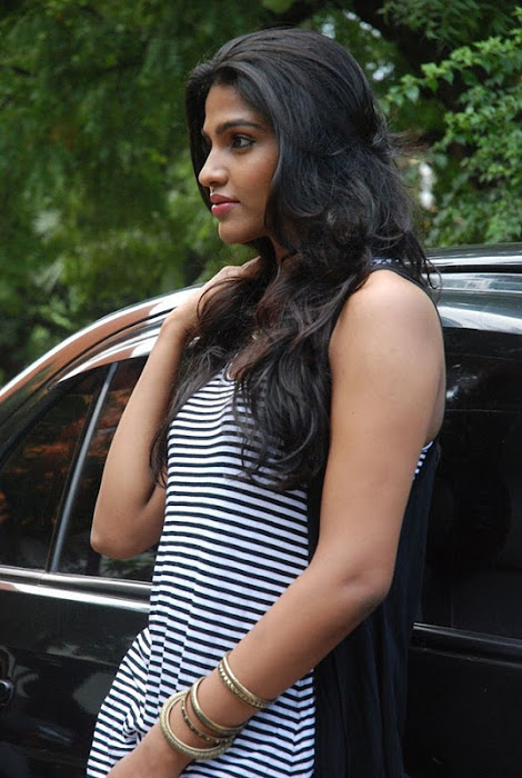 dhansika new hot photoshoot