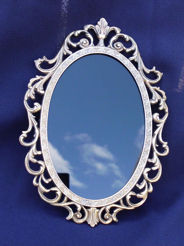 Brujer a del cerco el arte de las brujas hechizo del espejo for Espejo que no invierte la imagen