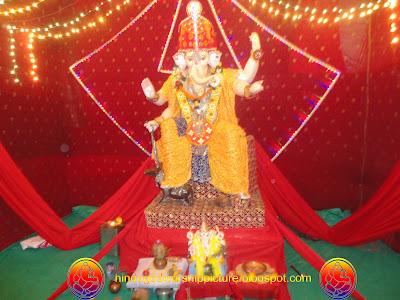 Bal Ganesh Idol Ganesh Chaturthi Festival Surat City - 2011