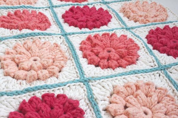 Crochet Flower Granny Square Blanket Pattern : little lovelies: five things friday: crochet inspiration
